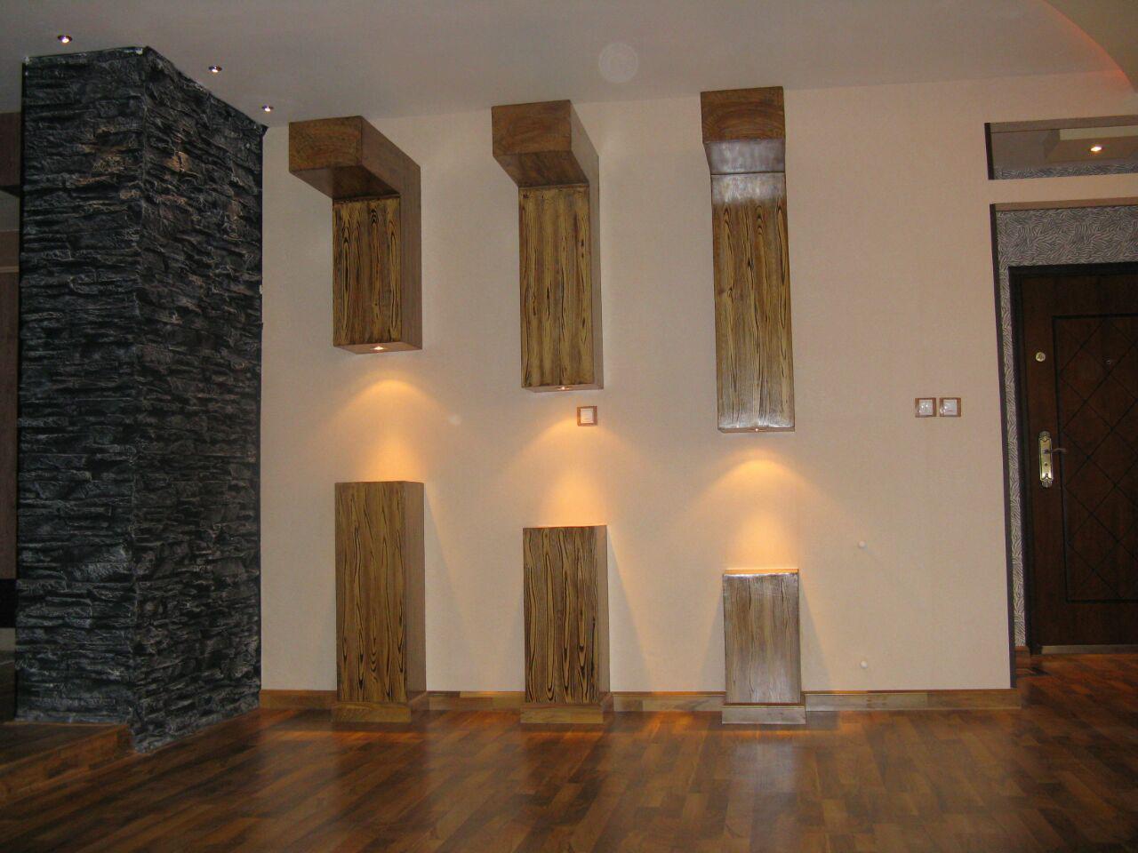 طراحی و اجرای دکوراسیون طرح چوب روی دیوار با هالوژن